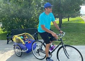 Best Way to Ride Bicycle With Kids- Trailer seat